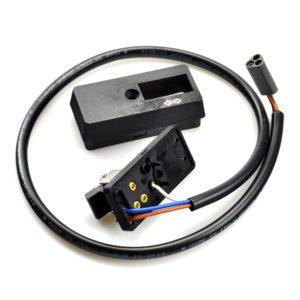 PARA TU MOTO UNIVERSAL - Mando de intermitencias VESPA 217343 PX80/125, PX150/200 (desde 1984) - 3 cable (mod. Sin bater